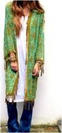 Vestido ou kimono longo com calça.