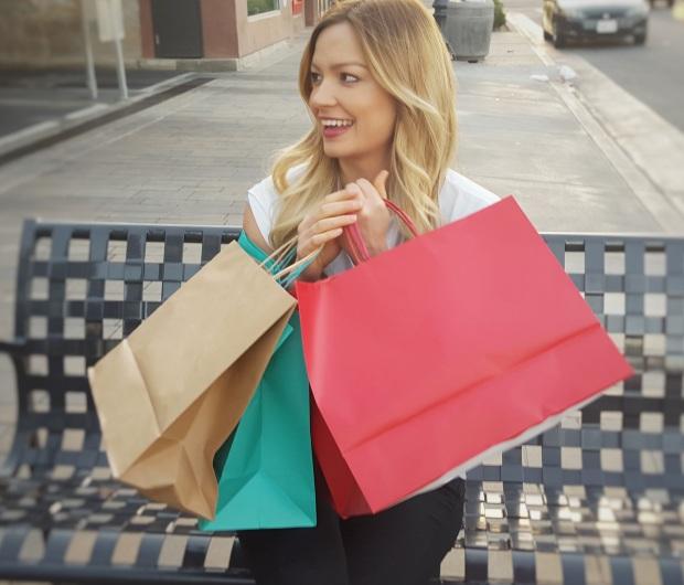 Aprenda a comprar melhor com a consultoria de estilo.
